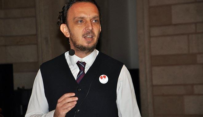 Turkcell Pazarlama Direktörü Yiş: Biz de meraklı değiliz interneti 199 TL'den satmaya