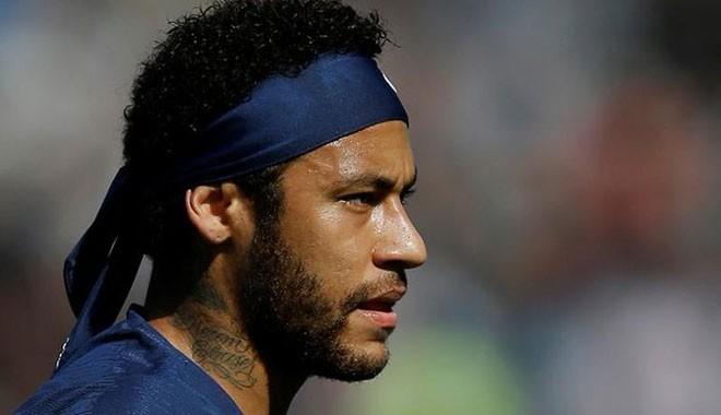 Ünlü futbolcu Neymar'a tecavüz suçlaması: Tuzağa düşürüldüm, ders çıkaracağım