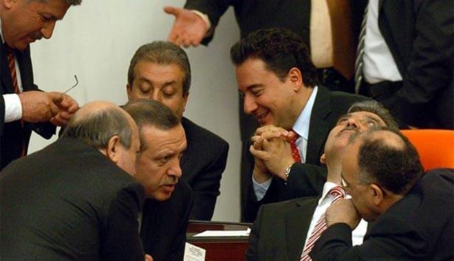 Yeni Şafak'tan ilginç Abdullah Gül iddiası: 27 Nisan'ı bekliyor